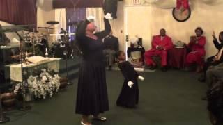 """Praise Dance """"Yes"""" Shekinah Glory Ministries Shana Starr & A"""