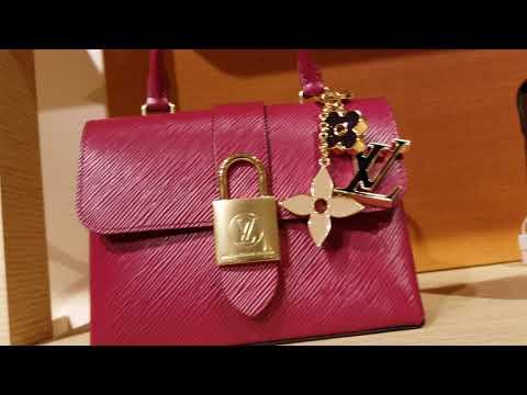 Louis Vuitton Las Vegas Grand Canal Shoppes ~ Shop With Me!