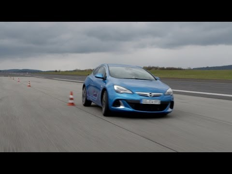 2013 Astra OPC Slalom And Breaking Test