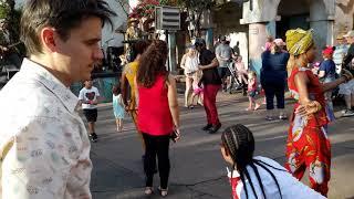 Animal kingdom-бесплатные уроки танцев от Африки)))