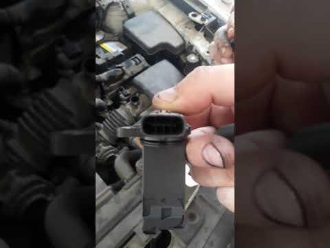 Mazda CX5 Заводится и глохнет.