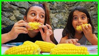 Misir Yeme Challenge L Funny Eating Corn Challenge For Children