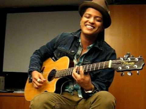 Bruno Mars - Billionaire & Money (That's What I Want) (2010 Private Acoustic Live at OMD L.A.)