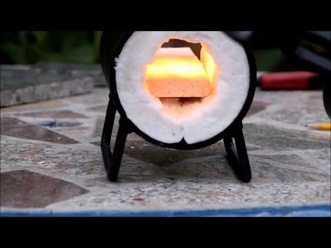 Forging a flint striker and lighting a flint and steel fire. PT. 1