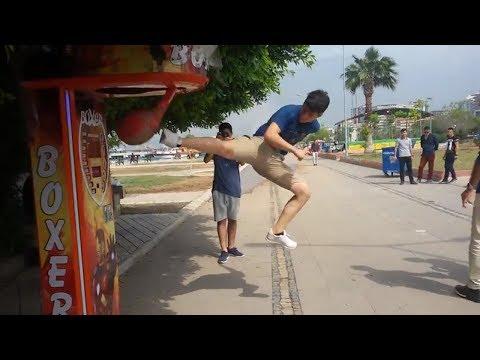 Boks Torbasına 360 Tornado Kick Vurdum( Kung fu Training )