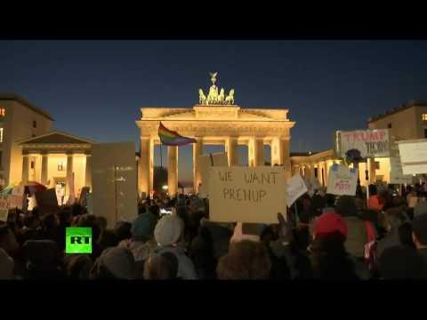 RT_com RT - Anti-Trump rally in Berlin #news - РФ
