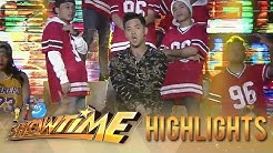 "Geo Ong performs his trending rap song ""Pekeng Kaibigan"" | It's Showtime"