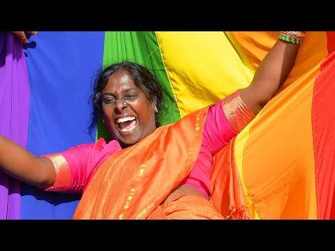 India scraps gay sex ban