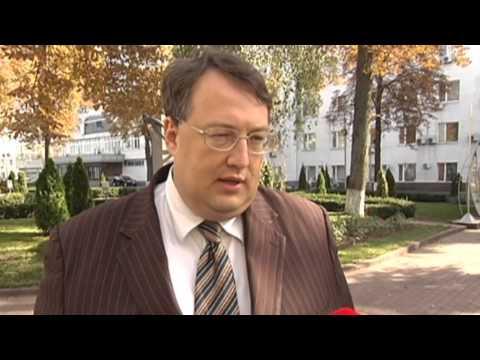 Yanukovych Granted Russian Citizenship: Putin secretly grants citizenship to Ukraine's ex-president