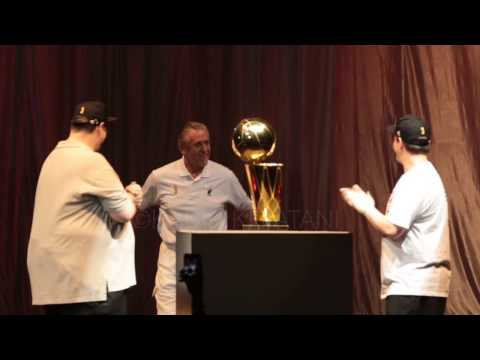 Pat Riley dances during 2013 Championship parade introductions