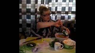 Грибной салат с зеленым горошком. Простой рецепт. Супер рецепт
