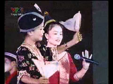 Nghẹ sĩ Lào  Hát múa hoa đẹp Chăm Pa