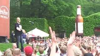 Lotto King Karl - Tim Wiese-Song/Südlich von HH/Deine Nähe @ Stadtpark HH am 17.05.13