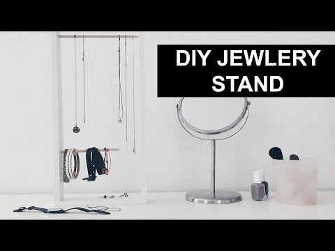 DIY JEWELRY STAND// URBAN OUTFITTERS INSPIRED