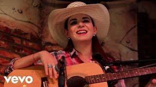 Laura Denisse - En Un Mismo Ser ft. Los Rojos