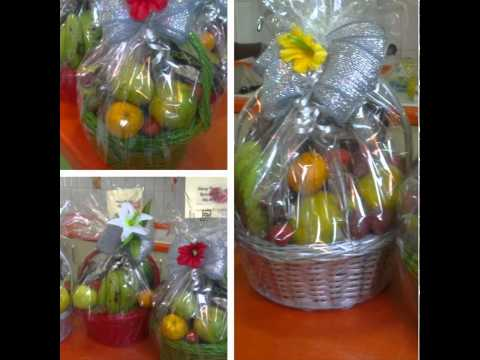 FRUIT BASKETS & HAMPERS