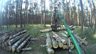 cz 1 Załadunek drewna c 330 ala HDS własnej konstrukcji 2,5m długości