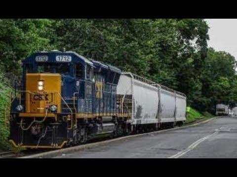 SD40E3 1712 on CSX C711 in Blauvelt, NY
