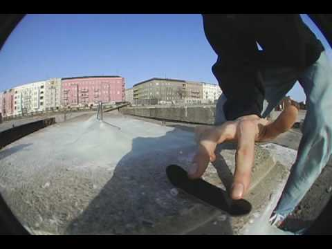 A.S.I.-Berlin Outdoor Spot Check-Out