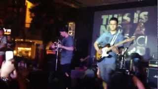 7 Black Roses (live in Eastwood) - Chicosci