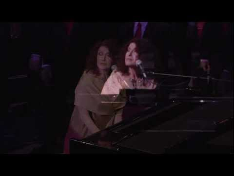 Melissa Manchester Performs A Mother's Prayer With The Gay Men's Chorus Of Los Angeles GMCLA