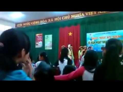 Văn nghệ ở Trường THCS Nguyễn Văn Trỗi (Biên Hòa-Đồng Nai)
