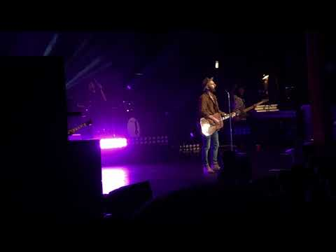 Mat Kearney - Kings & Queens *new song*...