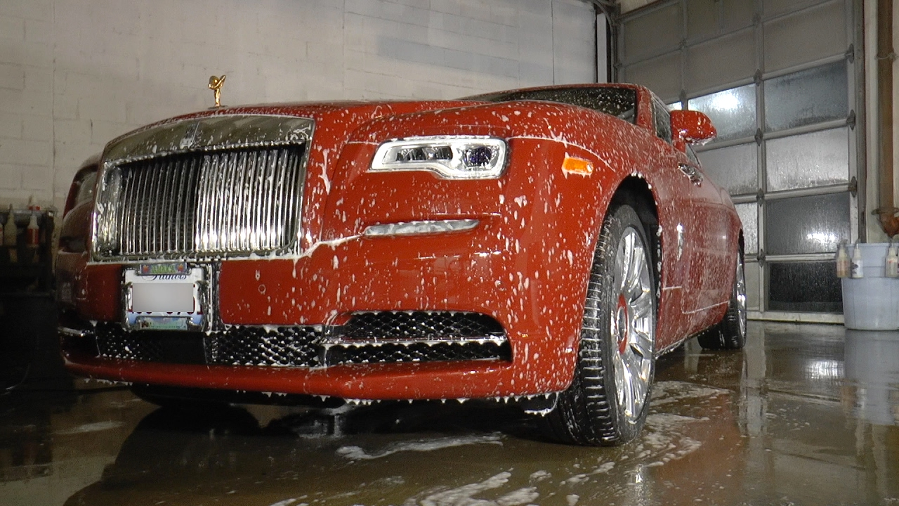 Washing A Rolls Royce Dawn Youtube