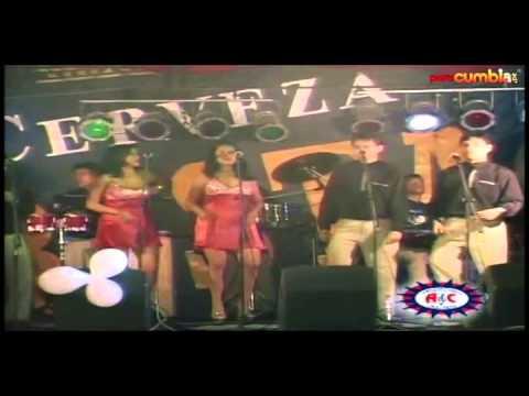 Corazón Serrano - Mil Lagrimas (En Vivo)