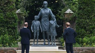 video: Princess Diana statue unveiled at Kensington Palace by Princes William and Harry