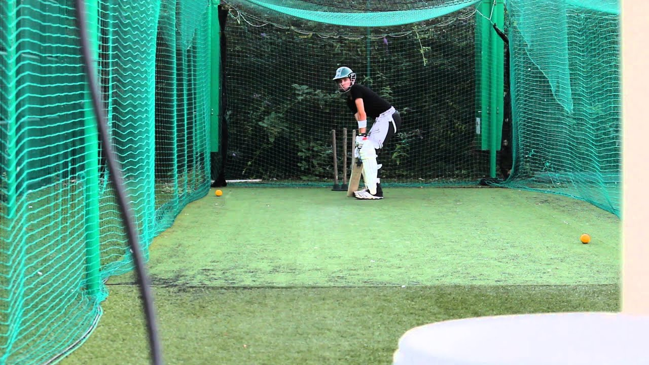 Cricket Bowling Machine Quick Practice Youtube