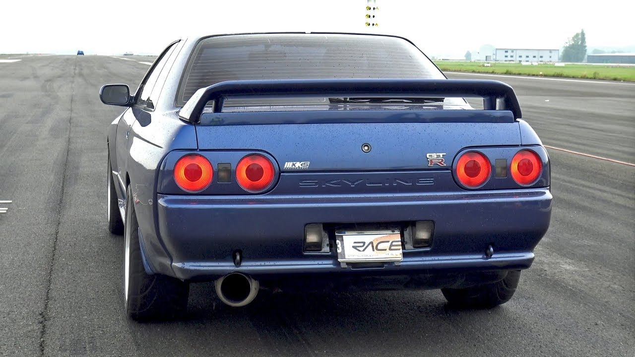 nissan skyline r32 gtr insane launch control accelerations youtube. Black Bedroom Furniture Sets. Home Design Ideas