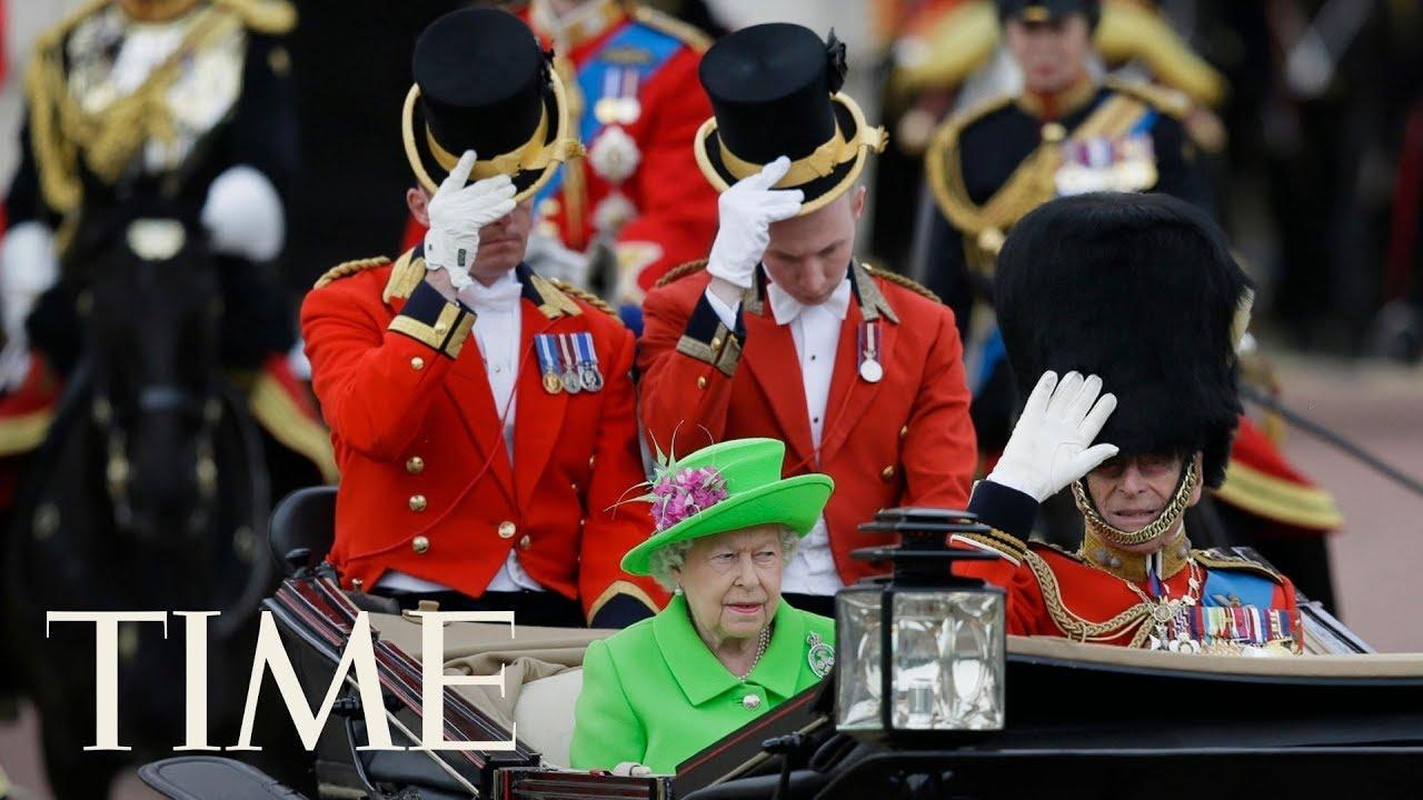 Queen Elizabeth doll cake British queens 90th birthday