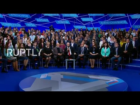LIVE: Putin takes part in media forum in St. Petersburg - EN