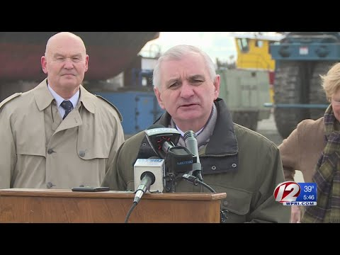 Reed Meets with Ship Builders on Maritime Issues, Economic Development