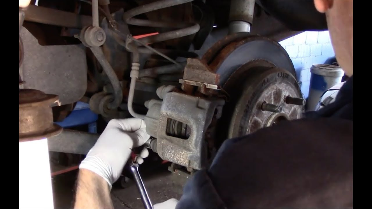 When To Replace Brake Rotors >> How To Replace Rear Brakes And Rotors 2007 Jeep Grand Cherokee - YouTube
