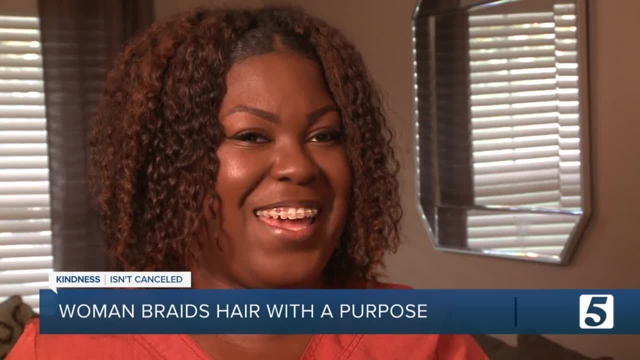 Tennessee Mother Brittany Starks Offers to Braid Kids' Hair at Start of School Year