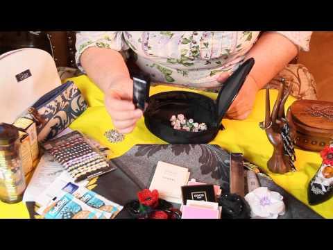 Видео Что подарить девушке на рождество