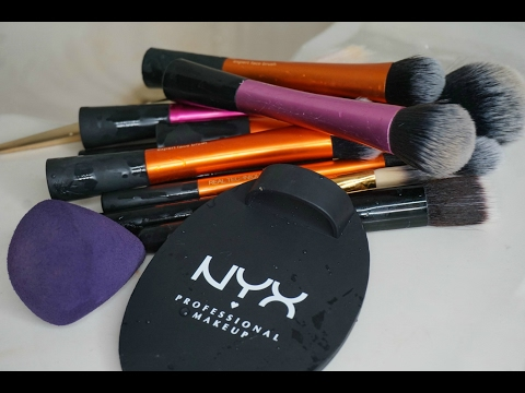 How to clean your Make-Up Brushes |...
