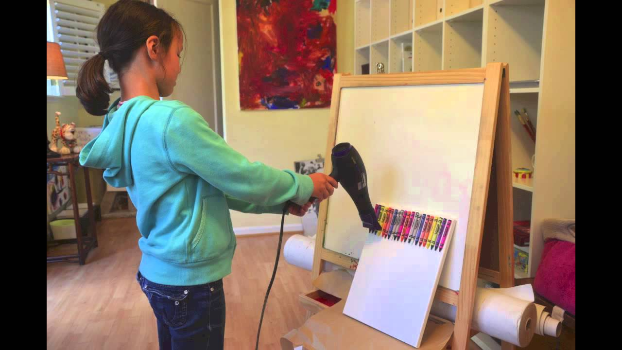 How To Make A Splatter Painting With Crayons