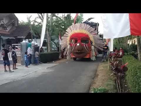 Hrj sound system malang ..karnaval desa jambuwer 2017