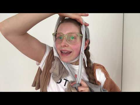 Jessie Cave trying on shapewear #NOTHANX