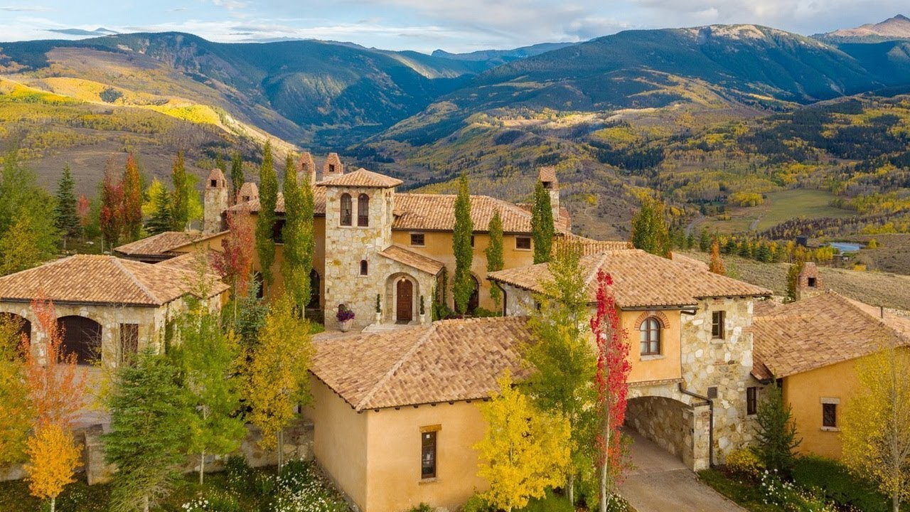 Le Pianore: Vineyard Views & Tuscan Hospitality
