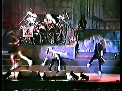 Metallica switch Instruments Live in São Paulo, Brazil (1989-10-07)
