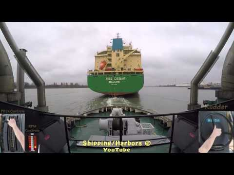 Tugboat Dual Camera #2 - Voith Schneider Controls