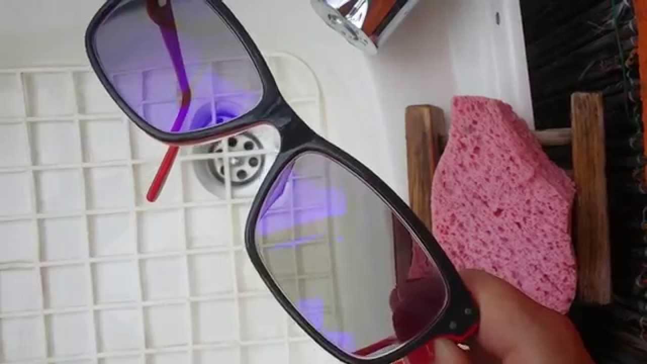 4f301a972d4 Essilor Crizal Prevencia lenses  easy to clean - YouTube