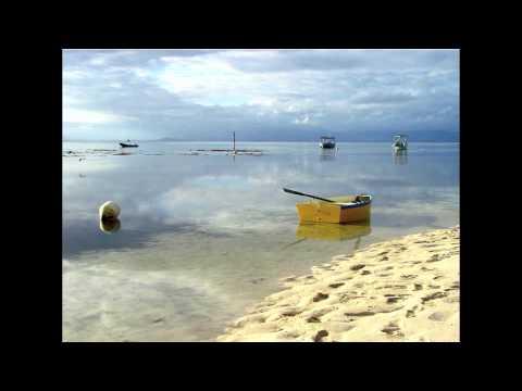 A casa do querer - R. Donati and U. De Sousa - On the Beach, Vol. 4