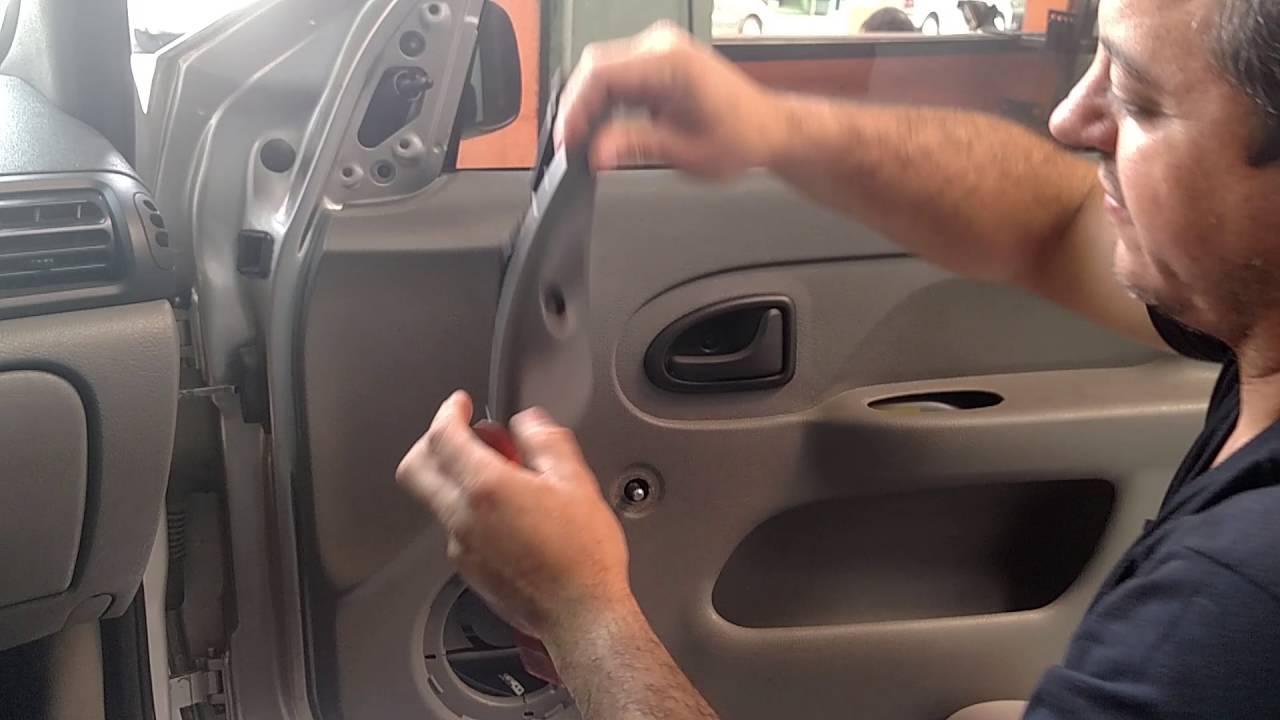 Vgsound Desmontando O Forro De Porta Dianteira Renault