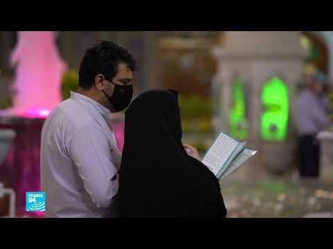 فيروس كورونا: إقبال كبير على المزارات الدينية في إيران وسط إجراءات صحية مشددة