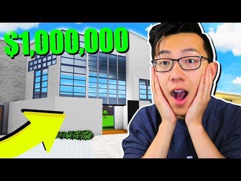 BUILDING MY MILLION DOLLAR MANSION!! (Roblox Bloxburg)